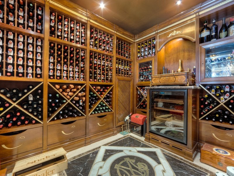 Luxury-Wine-Room