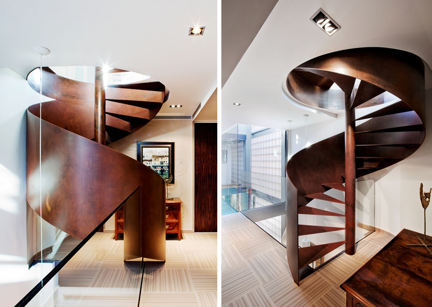 Wood Spiral Staircase