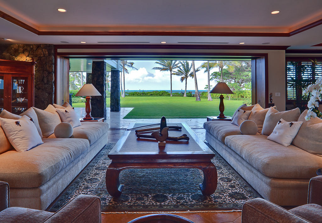 World Class Kailua Beachfront Estate In Hawaii