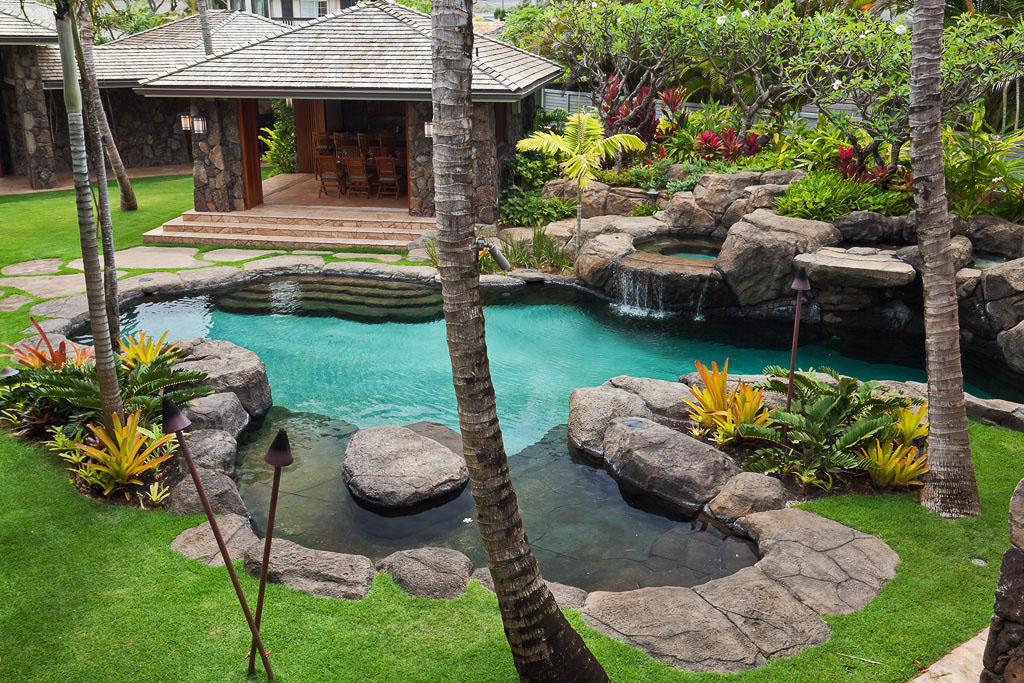 World class kailua beach front estate in hawaii for Landscape design hawaii