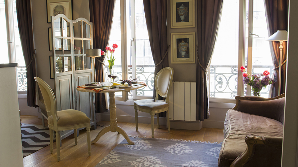 Superior Stylish Studio Apartment In Paris