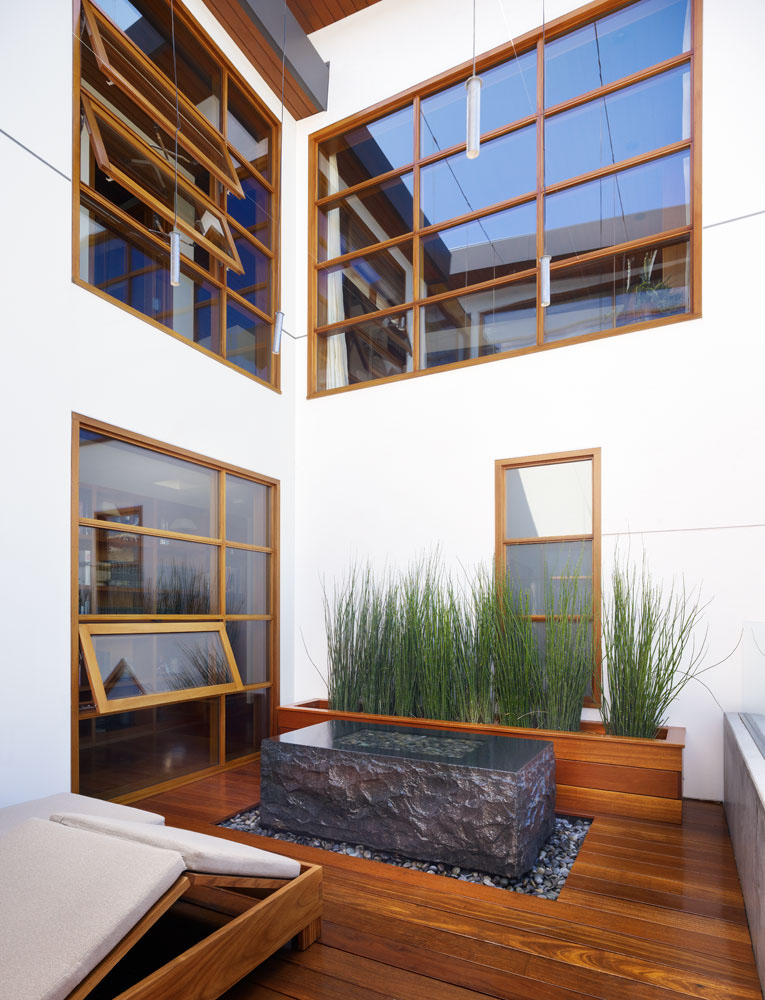 Dream home with interior zen garden and pacific ocean view for Interior zen garden