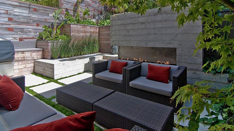 Designer-Backyard