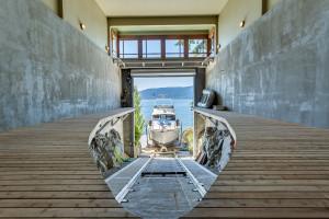 Luxury Home Yacht Garage