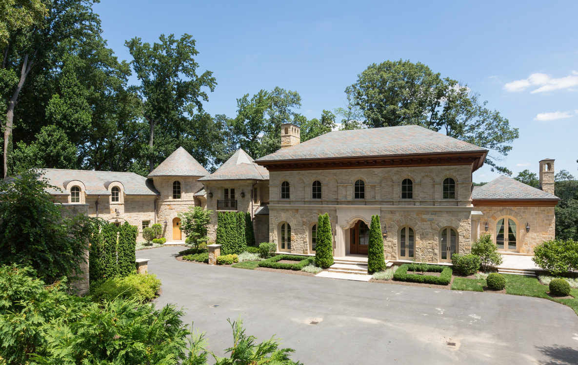 Luxury Mansion in McLean, Virginia