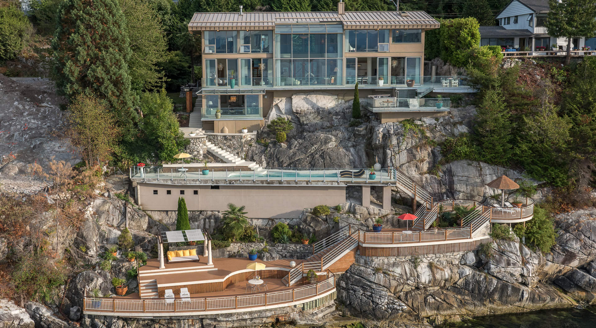 Cliffside West Vancouver House