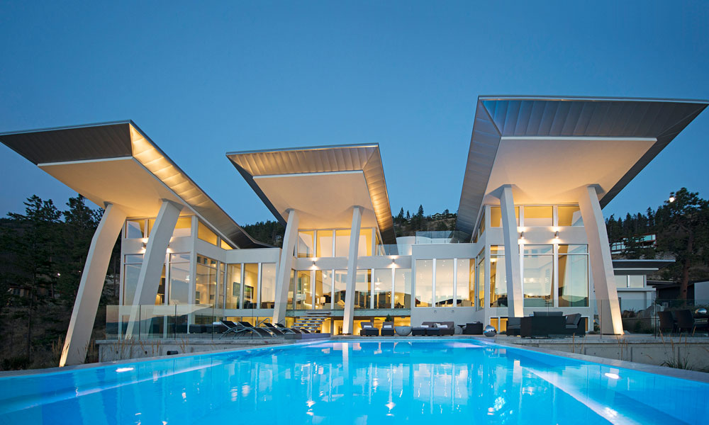 Modern Luxury Lakefront Home Kelowna