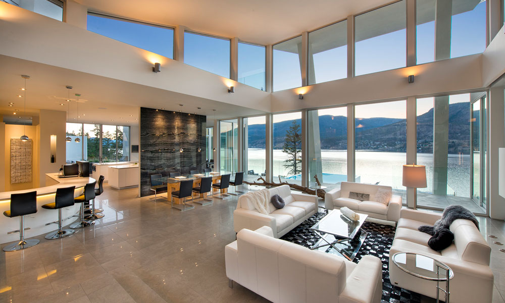 Okanagan lake waterfront home with minimalist elegant for Decoration interieur de mobil home
