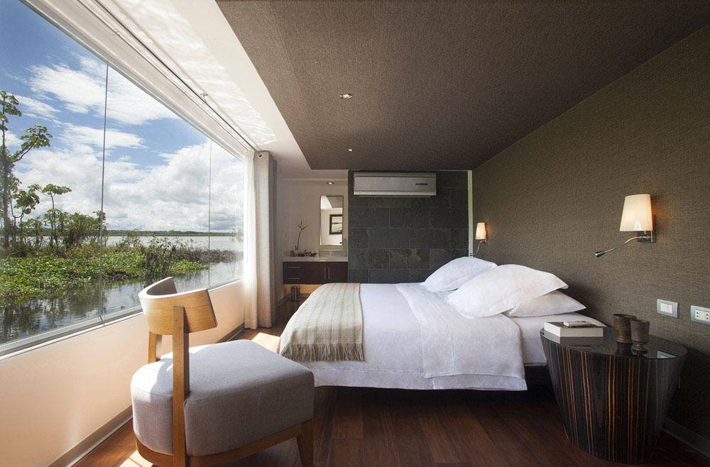 5-Star Boat Hotel