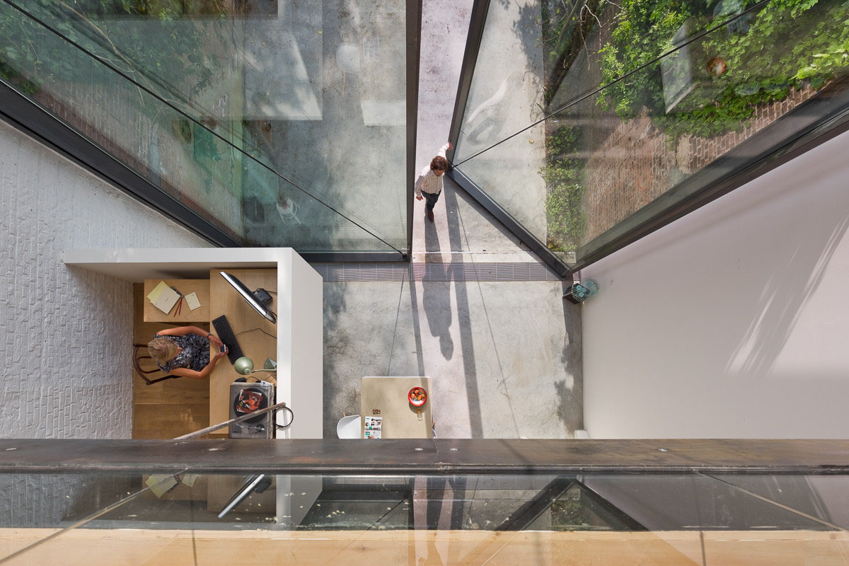 Antwerp Townhouse With Giant Pivoting Windows | iDesignArch ...