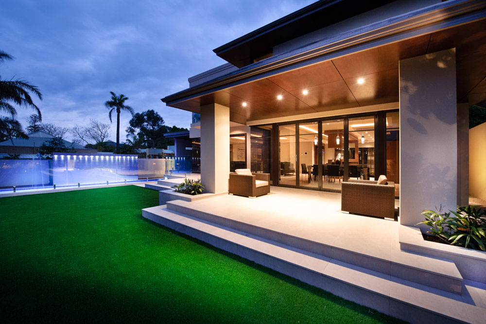 Contemporary home in perth with multi million dollar for Modern tage house design