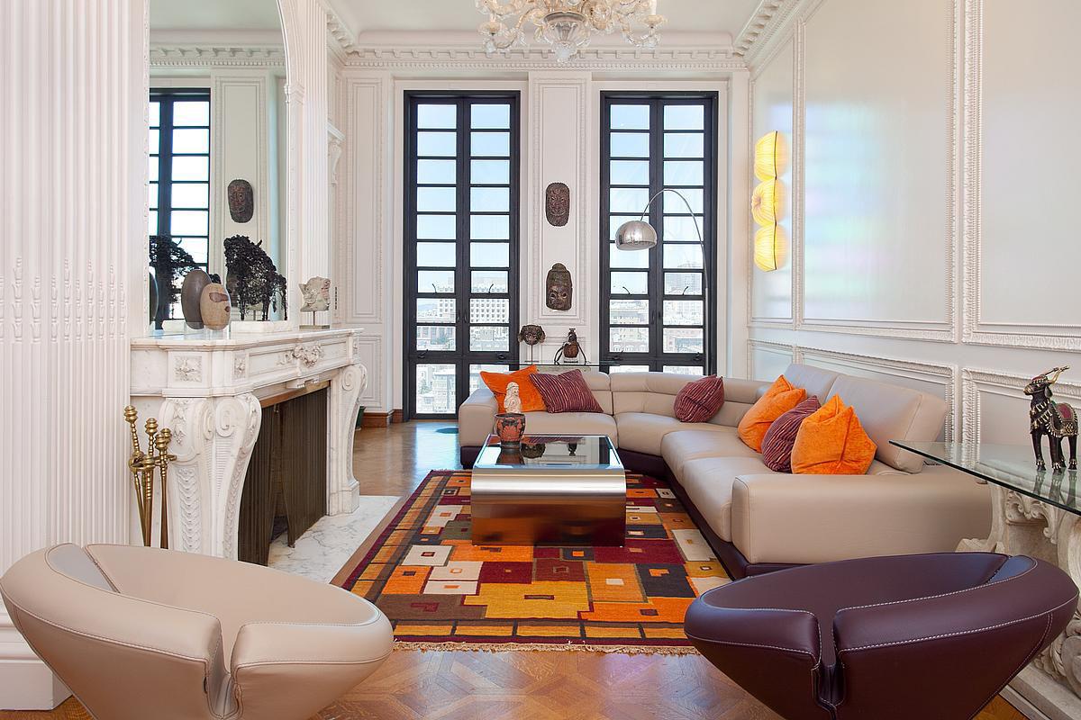 Exquisite penthouse atop the art deco hamilton building in - Modele deco interieur maison ...
