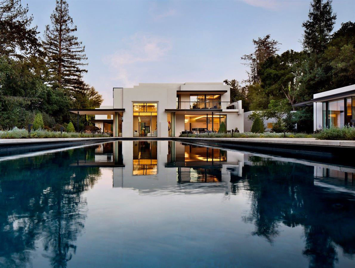 Sophisticated contemporary estate in california for Modern luxury real estate