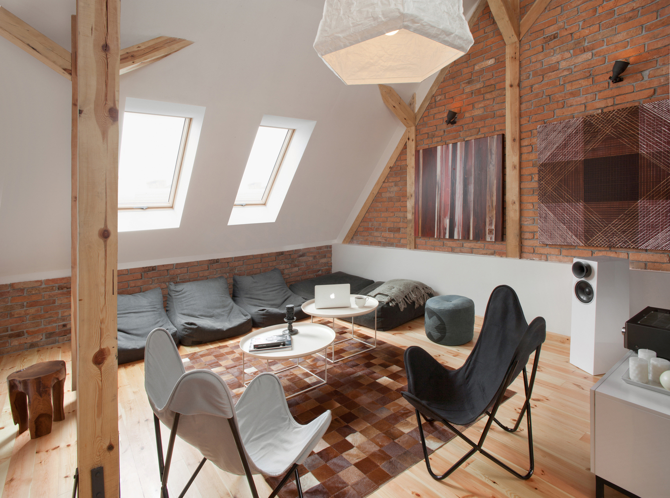 Modern Attic Loft Apartment