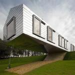 Balancing Barn – An Energy Efficient Modern Country House
