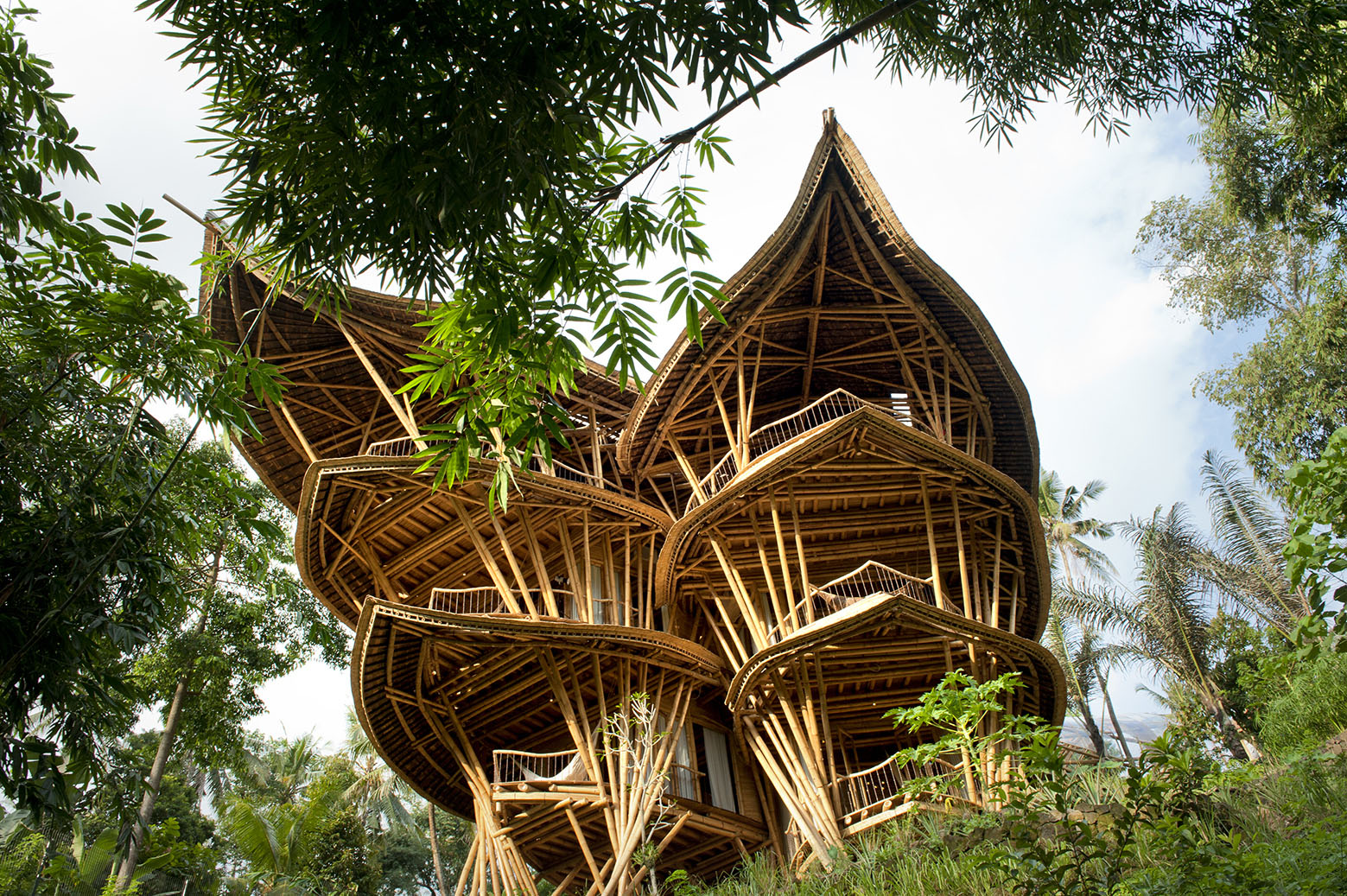 fantasy bamboo tropical house - Bali Home Designs