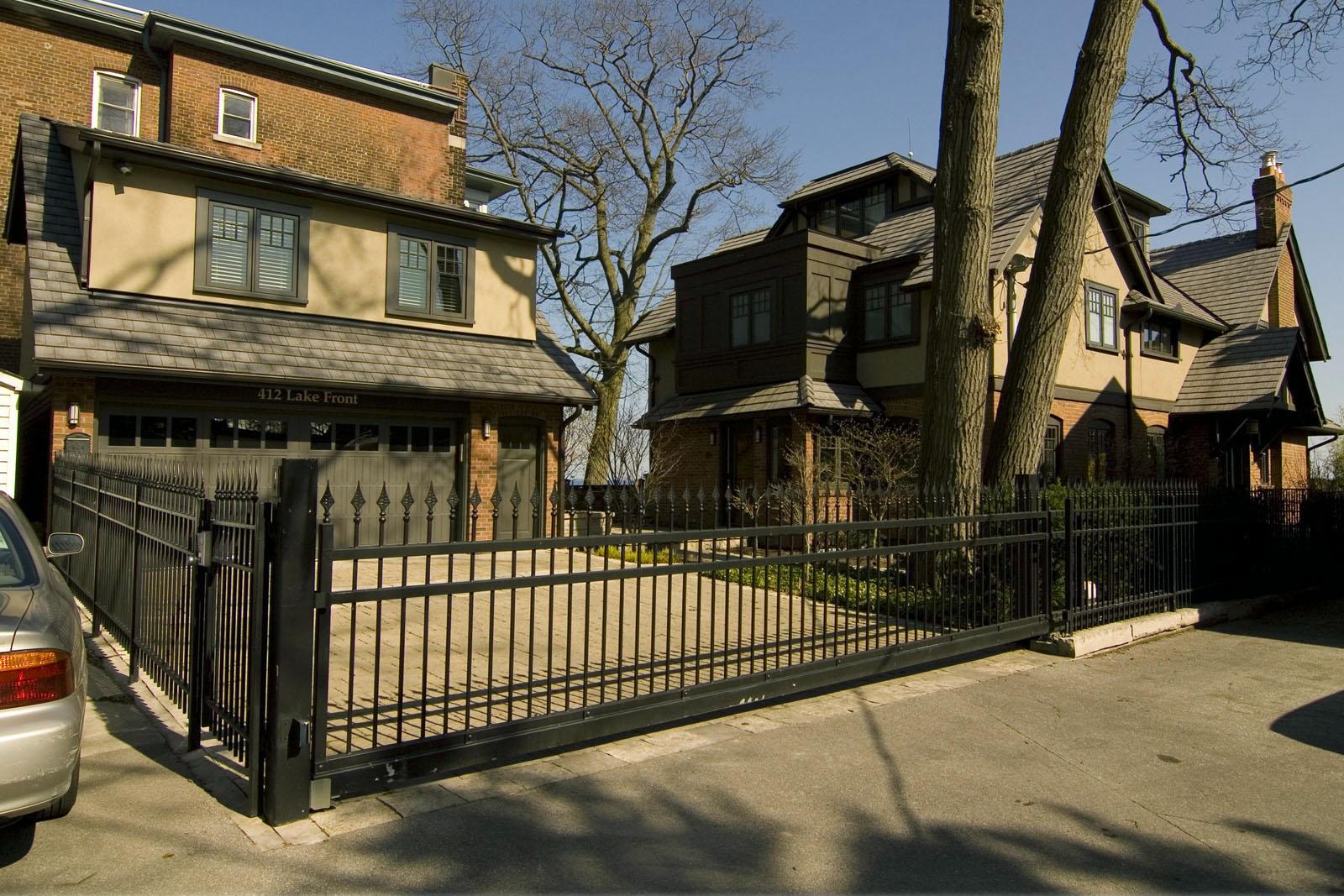 Lake-Front-House-Toronto
