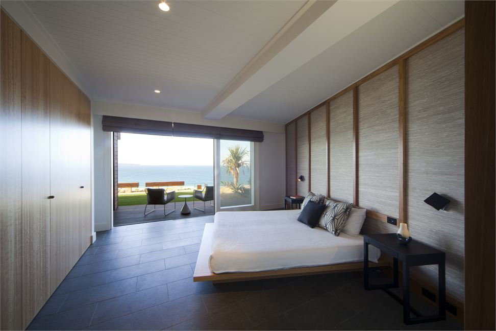 modern beach house ocean view bedroom - Modern Beach House Interior
