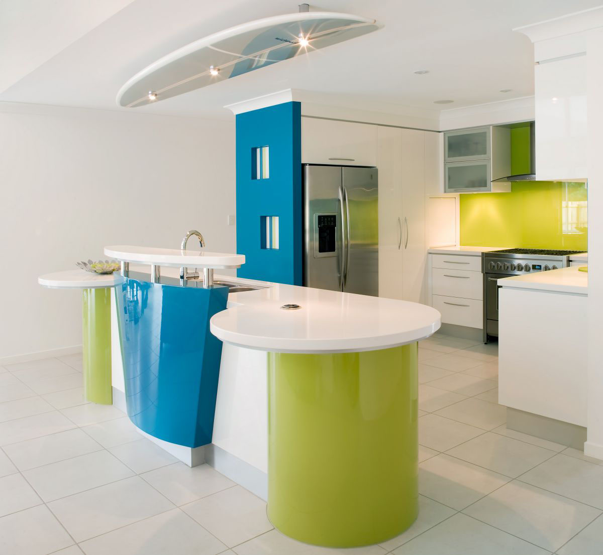 funky kitchen design by Kim Duffin is perfect for a modern beach house ...