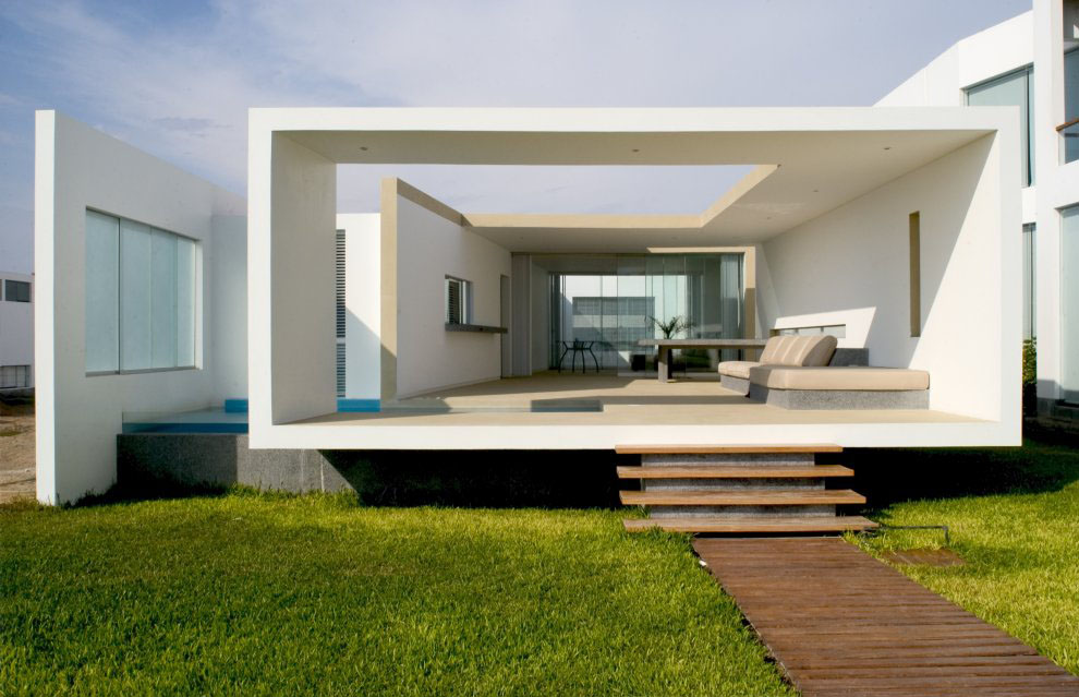 Modern beach house in peru idesignarch interior design for Contemporary beach house designs