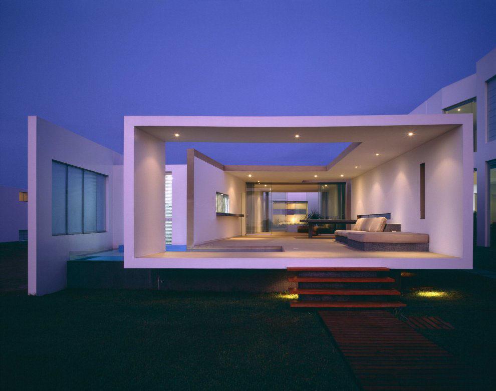 Beach-House-Las-Arenas