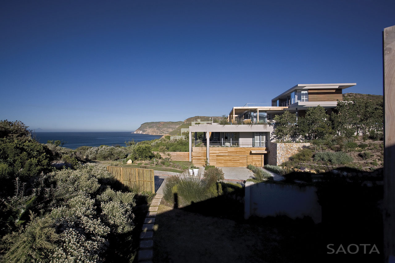 Contemporary Beachfront Home In South Africa IDesignArch - Beachfront home designs