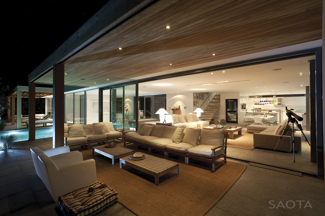 Contemporary beachfront home in south africa idesignarch for Interior designs direct