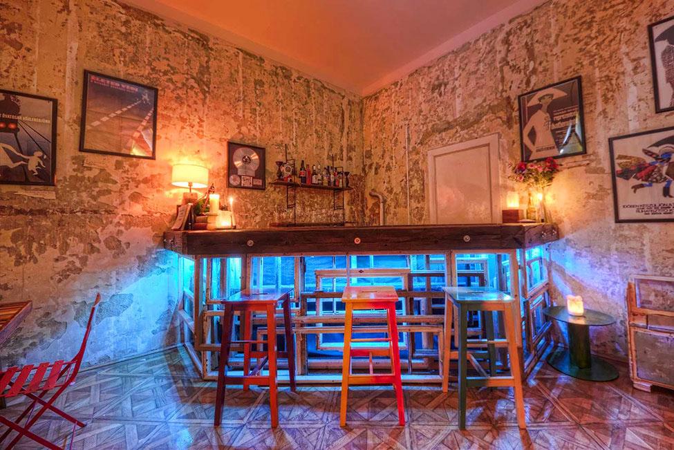 Vintage Bar Ideas - Home Design Ideas - http://www.rghomedesign.com