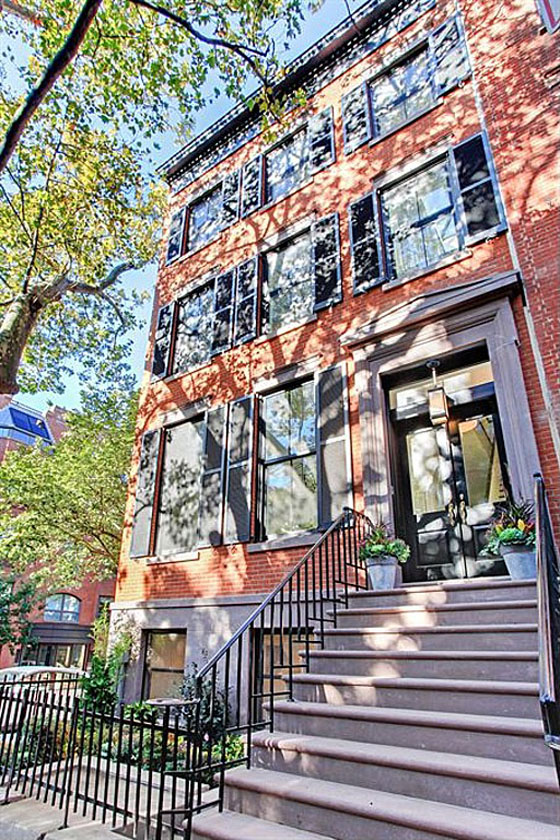 Traditional Brownstone Architecture