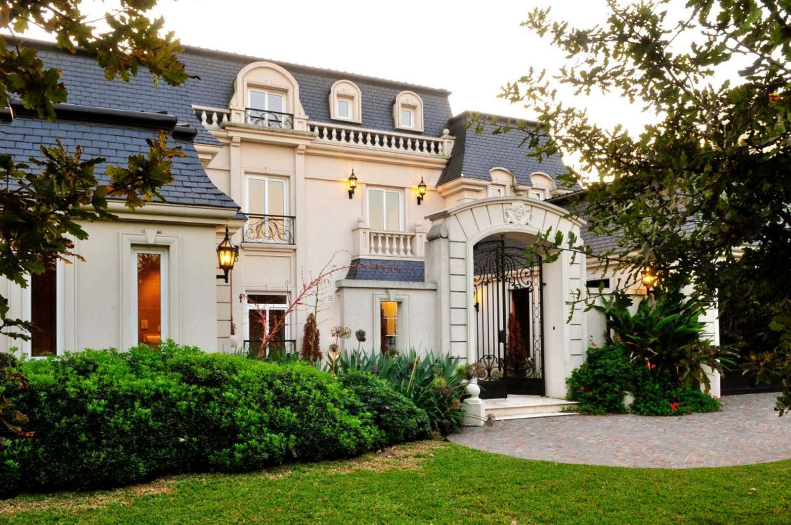 Classic parisian style mansion in argentina idesignarch for French luxury house
