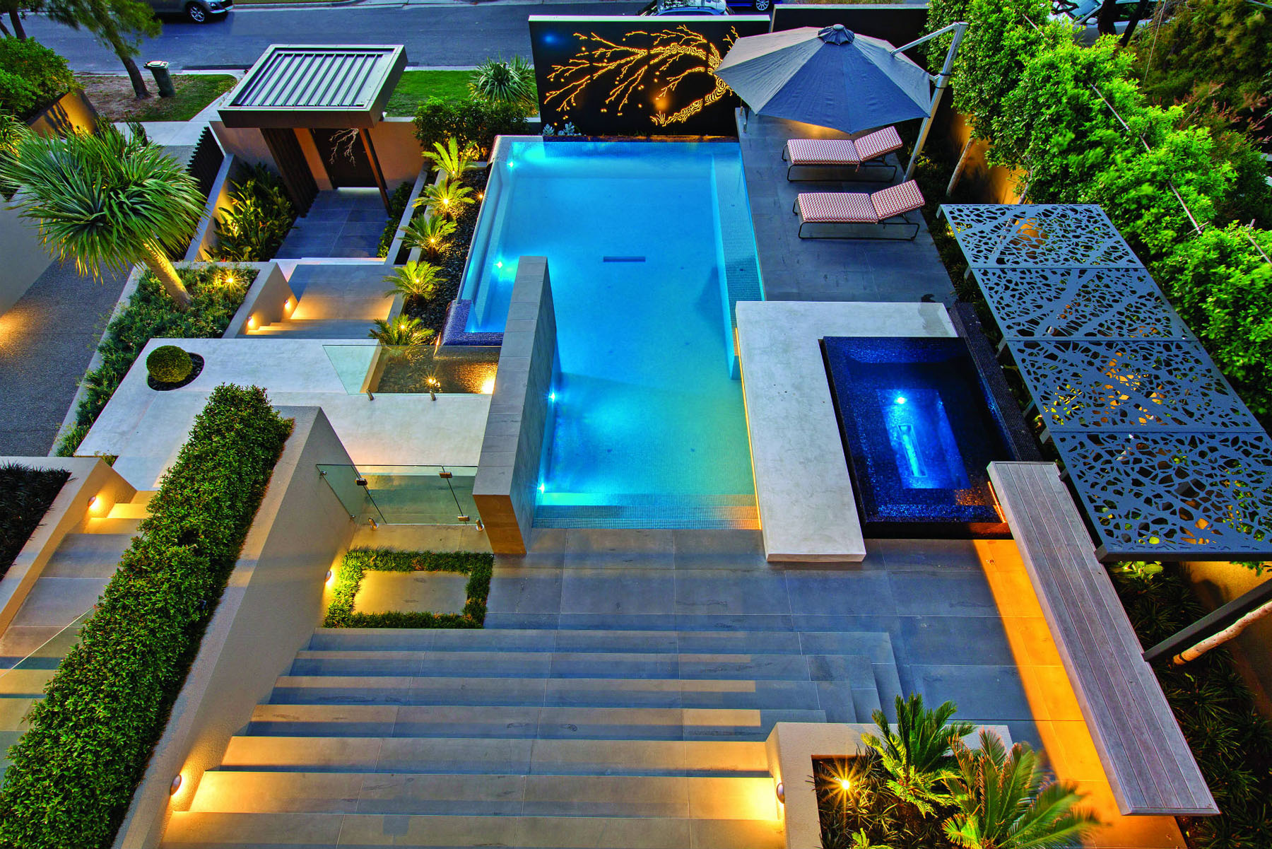 Contemporary home in melbourne with resort style modern for Concept piscine design