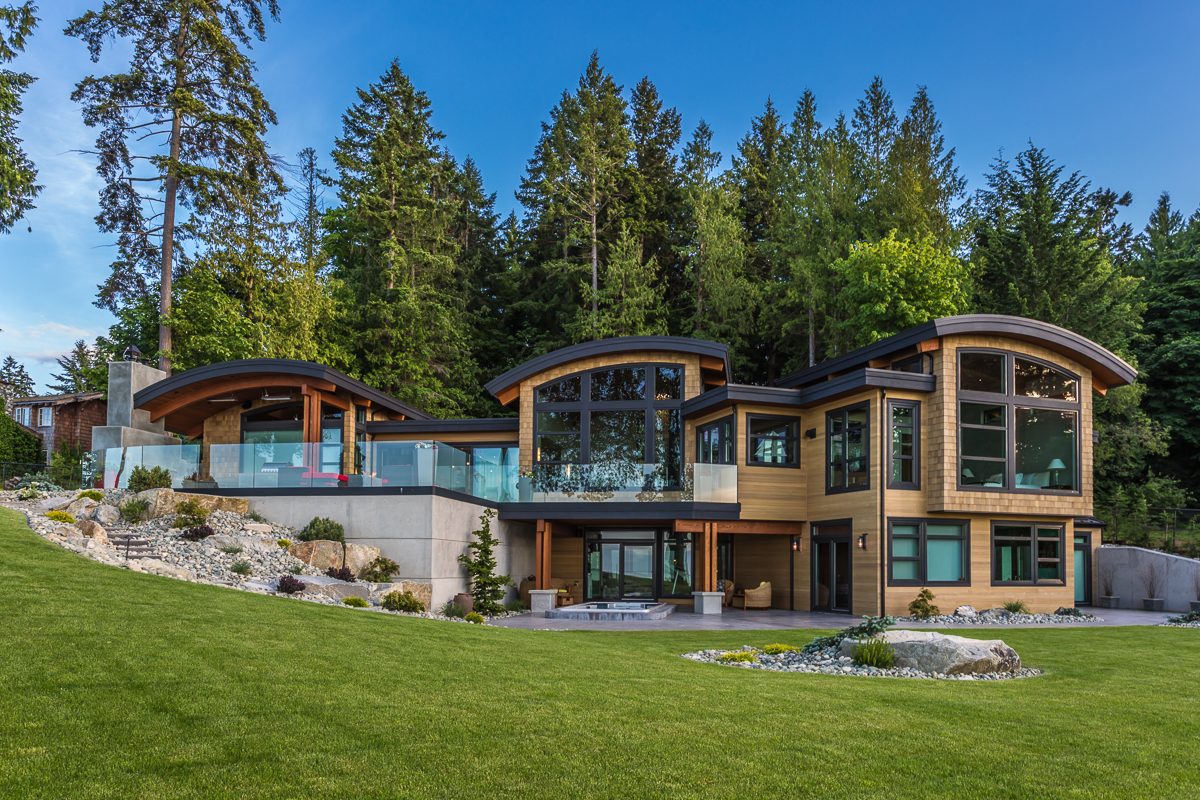 Energy efficient luxury ocean view home on vancouver for Island style home plans