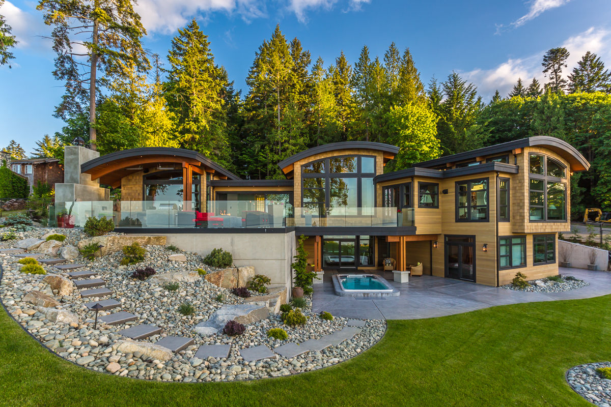 Energy efficient luxury ocean view home on vancouver for Island style house plans
