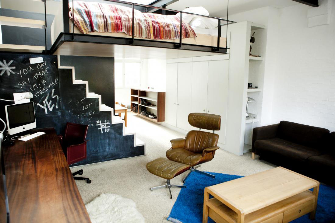 Modern bohemian studio flat with suspended bed for Studio apartment office