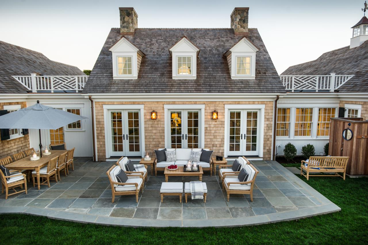 elegant outdoor backyard patio - Gray Home 2015