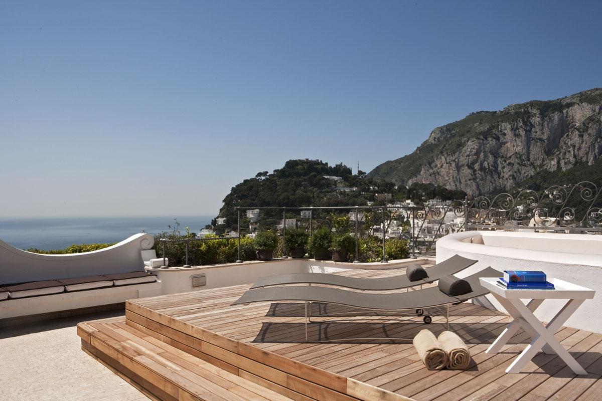 capri tiberio palace a refined contemporary hotel. Black Bedroom Furniture Sets. Home Design Ideas