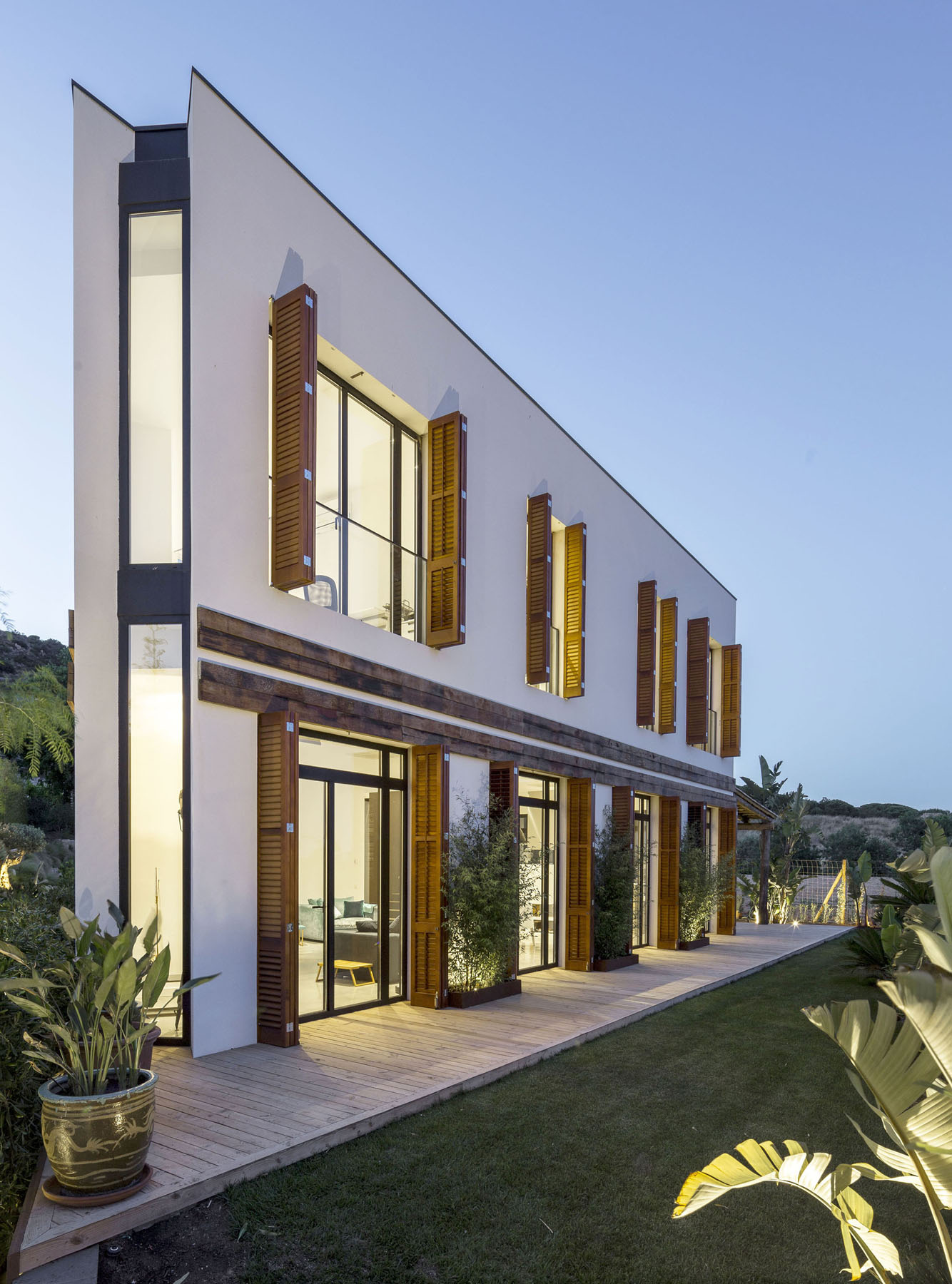 Modern Architecture Residential Homes geometrically unique home combines modern architecture and