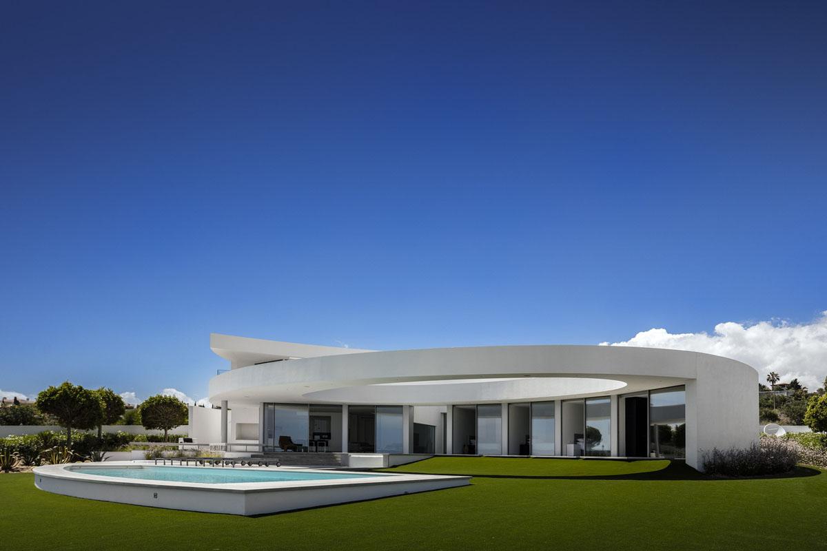 Casa el ptica modern ocean front house portugal 17 for Ocean front home designs