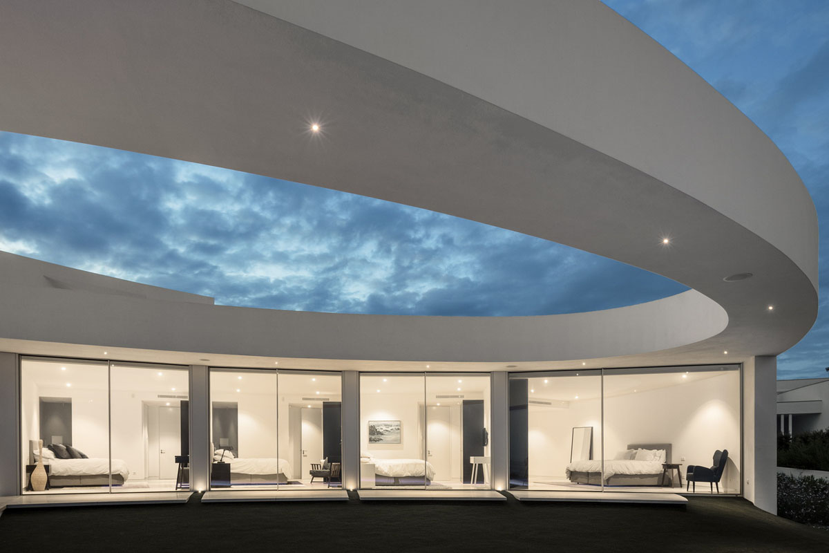 Casa el ptica modern ocean front house portugal 19 for Ocean front home designs