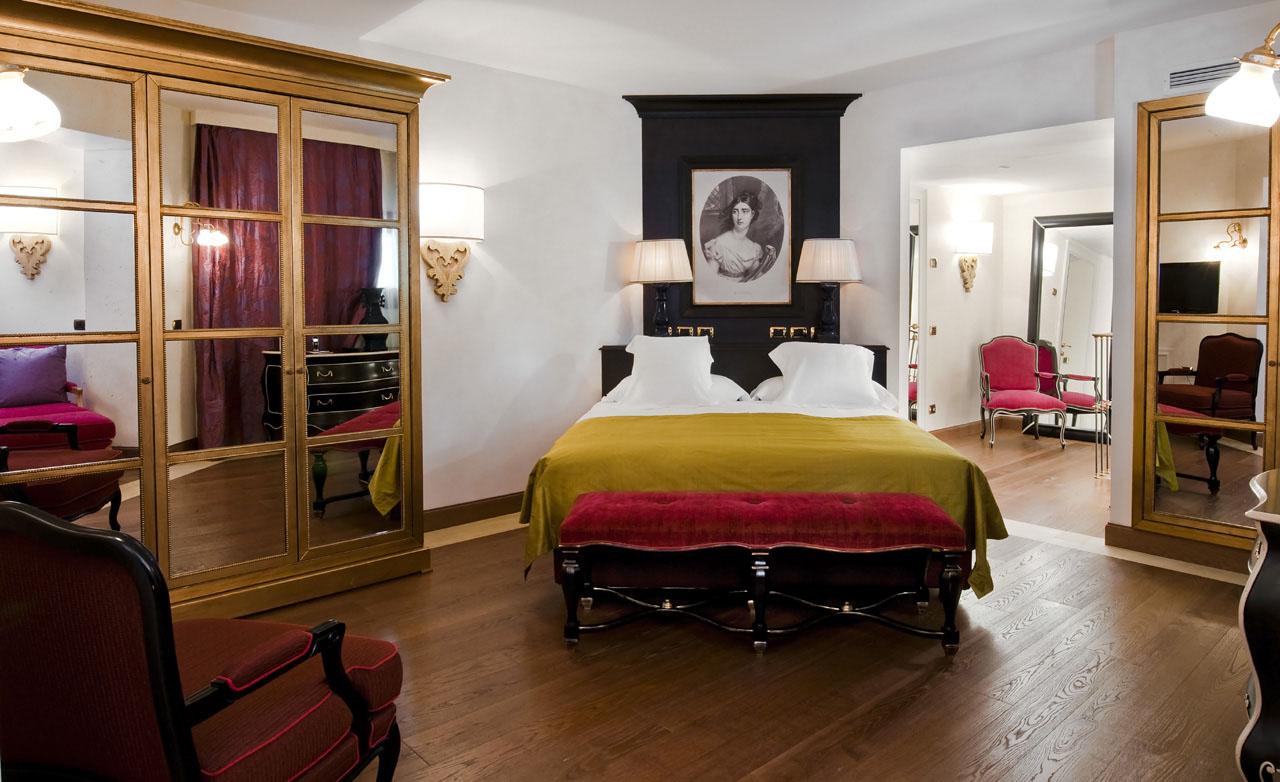 Castadiva resort secluded luxury on lake como for Casta diva resort spa