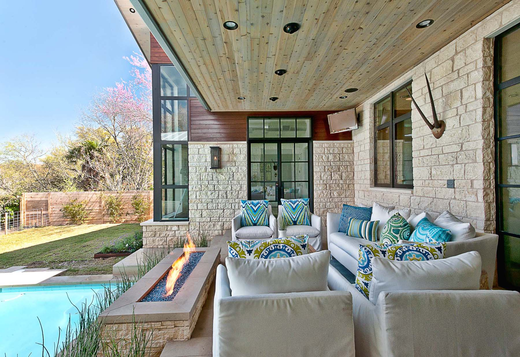 Outdoor Patio with Modern Fireplace