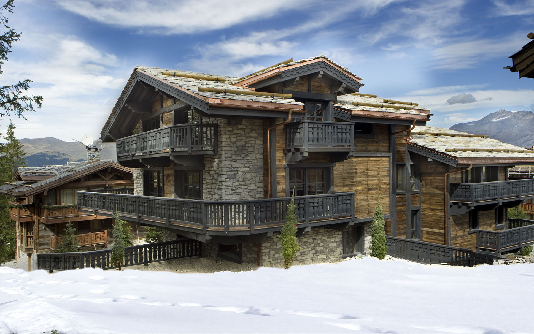 Elegant chalet edelweiss in the french alps idesignarch for French chalet house plans