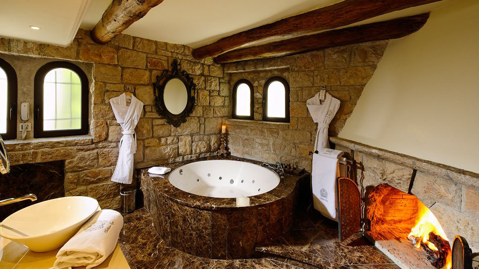 Ch 226 Teau Eza Secret Hideaway Above Medieval Village