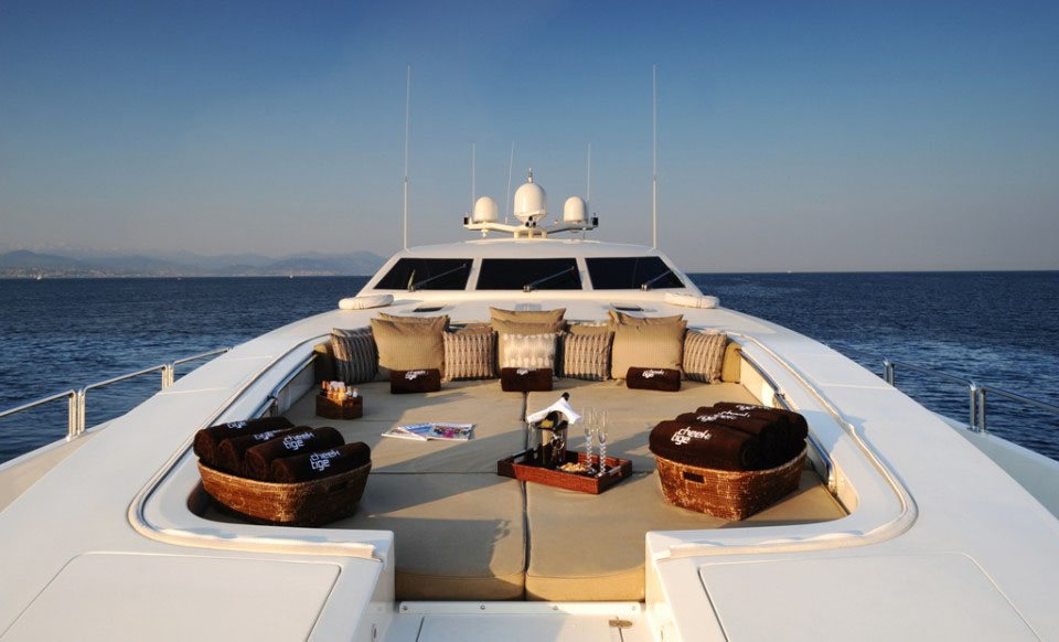 Stylish Luxury Yacht Quot Cheeky Tiger Quot Idesignarch