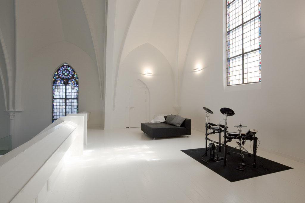 En Holanda convierten iglesias abandonadas en viviendas