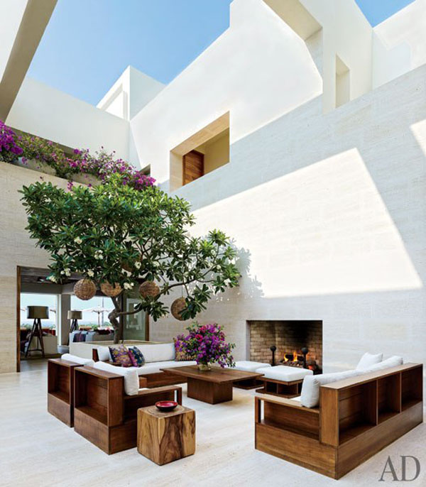 Open Air Modern Courtyard