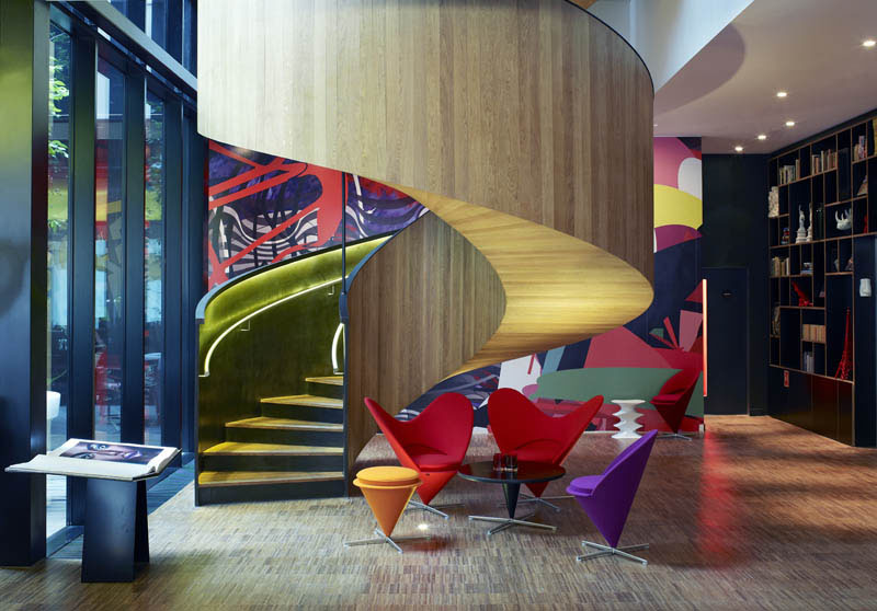 Citizenm hotel london bankside with cool british theme for Hotel design london