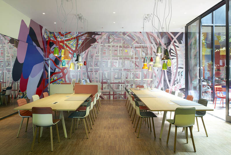 CitizenM Hotel London Bankside With Cool British Theme ...