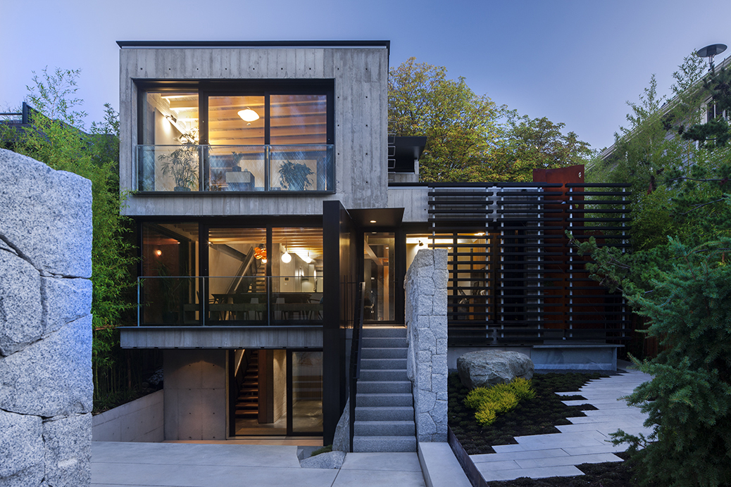 Secluded urban residence in vancouver with a laneway house for Modern home plans canada