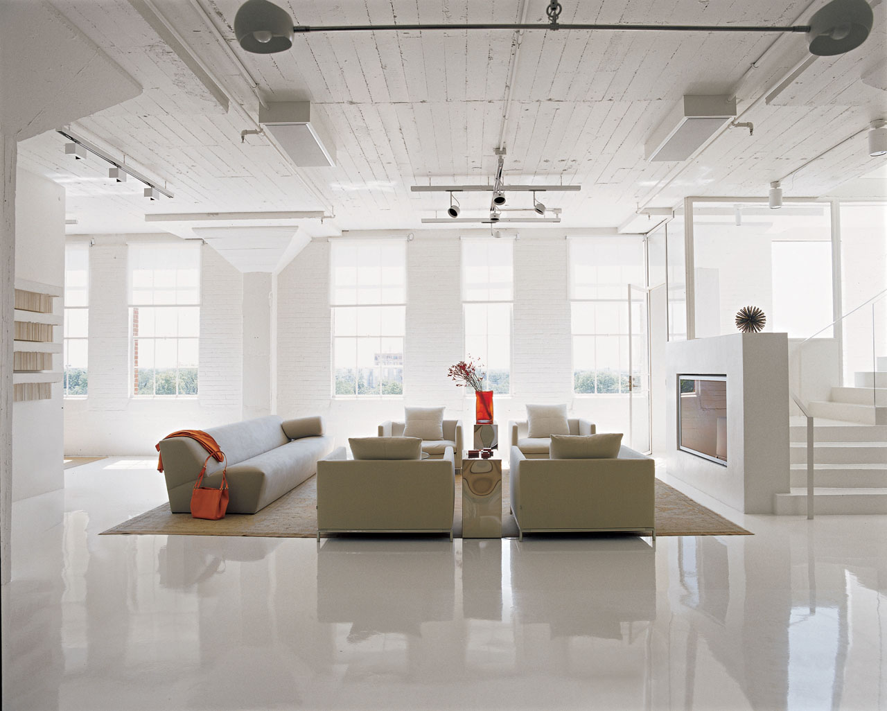 Art collector 39 s loft in san antonio idesignarch for Texas floors
